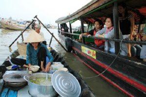 Du lịch miền Tây 9 - Chợ nổi Ngã Năm - Sóc Trăng