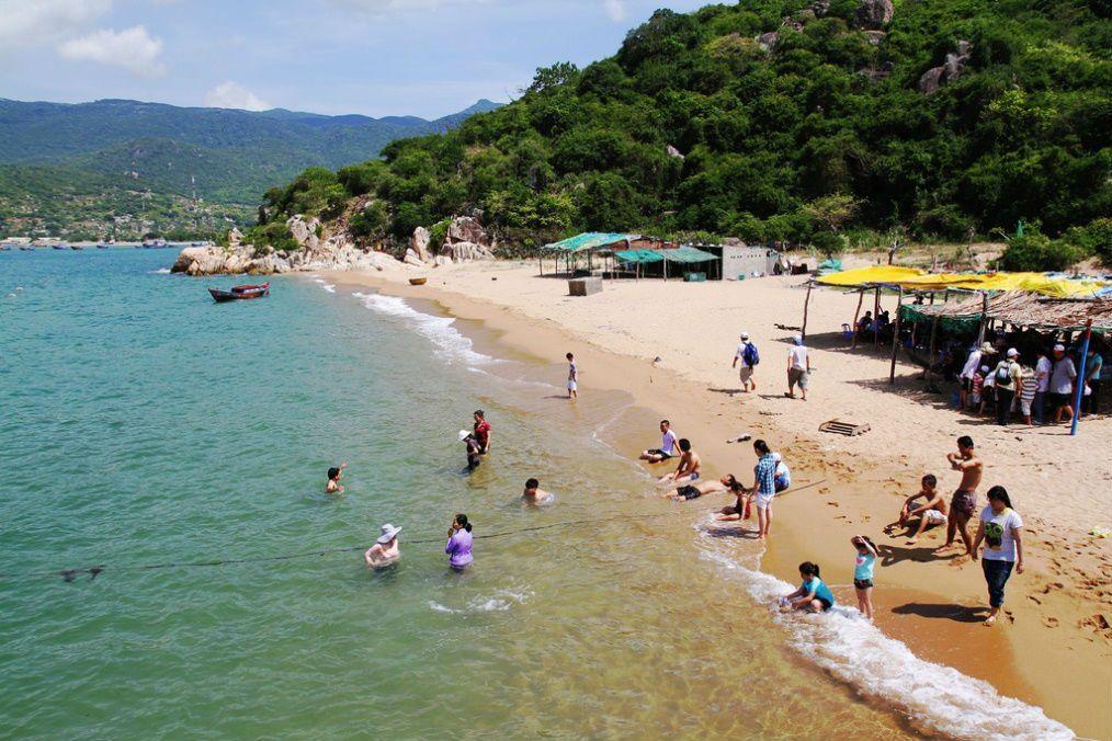 Thuê xe đi Biển Ninh Chữ - Tỉnh Ninh Thuận
