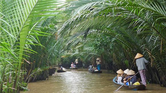 Thuê xe 16 chỗ đi Tiền Giang